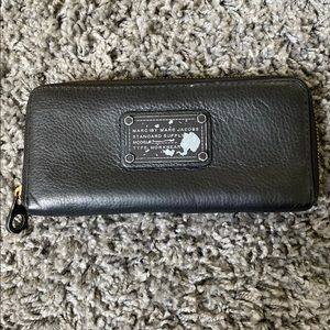 Marc by Marc Jacobs zipper around wallet